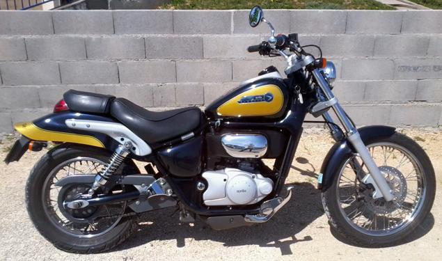 Aprilia 125 Classic Bobber Motorcycle