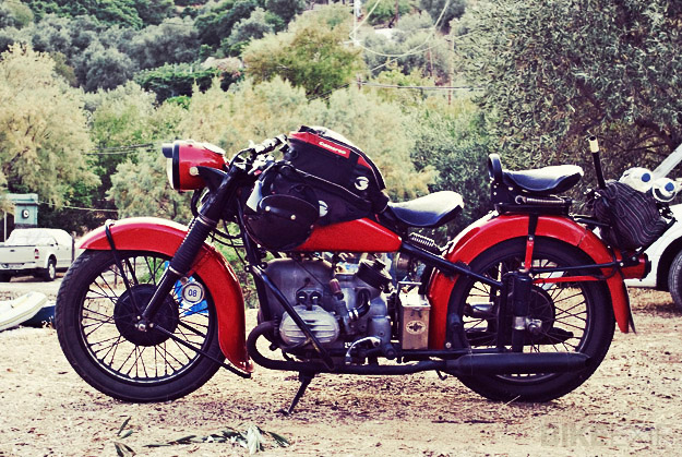 BMW R 51/3 Bobber Motorcycle in Red
