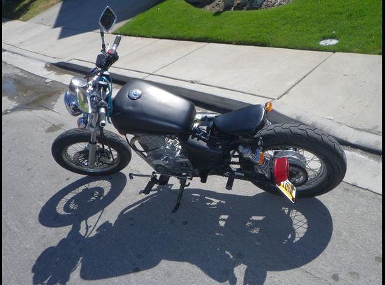 2000 GZ2 SUZUKI Bobber Motorcycle - Left Side